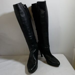 Tahari Black Leather Groove Heeled Boots Size 8M